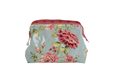 aumaison-wax-washbag-flowers